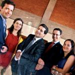 Miguel Barata e Helena Picão com António Ramalho (Presidente da IP) e os colegas de equipa Diogo Monteiro, Teresa Gonçalves e Nuno Santos  FOTO TIAGO MIRANDA