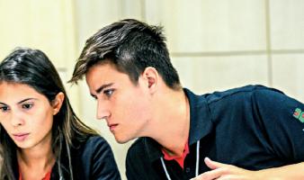 Brasil compete com equipa de estudantes pelo título mundial