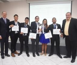 Estudantes lutam pelo Panamá